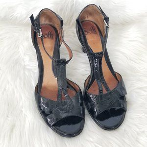 Sofft   Black Leather T-Strap Open Toe High Heels